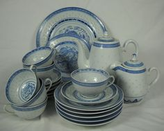 Vintage 21 Piece SET Rice Pattern China Blue Dragon Tea Pot Cup Plate Chinese