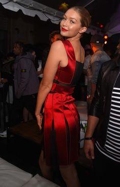 9 10 15 - Gigi Hadid wearing Tommy Hilfiger Fall 2015 Ready-To 27e2be9bb3