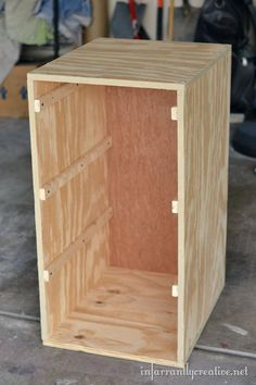 Laundry Basket Dresser For Sale Magnificent Pallirondack Laundry Basket Dresser Made With #pallets #pallet Review