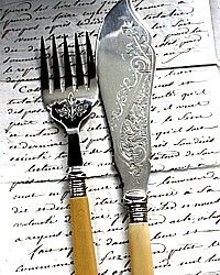 2 pc Antique Victorian Silver Engraved Fish Set-sterling,silver plated,ivy, foliate, scrolls,engraved,celluloid,ivory,service, table,cutlery, serving,