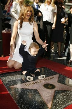 Melania Trump Photos - Donald Trump's wife Melania Trump and son Baron attend the ceremony honoring him with a star on the Hollywood Walk of Fame on January 2006 in Hollywood, California. - Donald Trump Honored With A Star On The Hollywood Walk Of Fame Donald Trump Family, Donald And Melania Trump, First Lady Melania Trump, Trump Melania, Malania Trump, John Trump, Trump Train, Melania Knauss Trump, Trump Photo