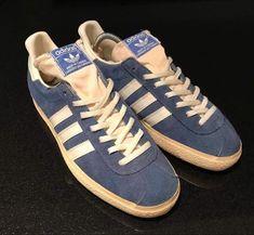 Vintage Canadian blue & white suede Gazelles