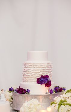 Simplicity makes this wedding cake perfection at Four Seasons Resort Palm Beach | Captured Photography