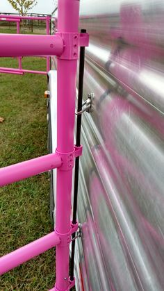 Carri Lite Portable Travel Horse Stall Corral Panels - Movie World 2020 Horse Stalls, Horse Barns, Horse Fencing, Fences, Horse Trailer Organization, Horse Corral, Horse Camp, Horse Tips, Horse Gear