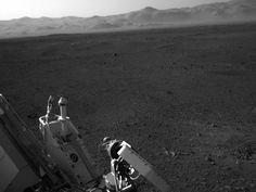 NASA - A Clear Look at the Rover Deck