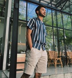 Parisian Bowling Shirt made from smooth and lightweigtht cotton fabric. With combination black bold / white stripes for your casual // semi formal occasion. Idr 279k www.tropic-thunder.com Get free shipping all over Indonesia #tropicthundervintage #slodei -