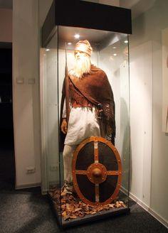 Batca Doamnei museum, Romania dacian man