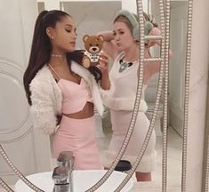 Imagen de scream queens and ariana grande