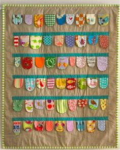 THIS gave me a GREAT idea for an activity play mat/quilt that could also be hung on the wall. ---- This is pretty cute. Baby Bunting Play Mat Quilt - pattern from Sarah Fielke. Sewing For Kids, Baby Sewing, Sew Baby, Mini Quilts, Baby Quilts, Diy Pour Enfants, Sewing Crafts, Sewing Projects, I Spy Quilt