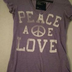 AE shirt Purple gently used no holes no stains American Eagle Outfitters Tops Tees - Short Sleeve