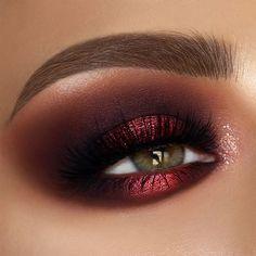 Red Eyeshadow Look, Burgundy Eyeshadow, Eyeshadow Makeup, Hair Makeup, Dark Skin Makeup, Blue Eye Makeup, Burgundy Makeup Look, Burgundy Nails, Fall Makeup Looks