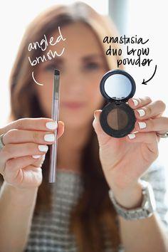 Merricks Art: Filling In Your Eyebrows (Tutorial) -the best eyebrow tutorial. Eyebrow Beauty, Eyebrow Makeup, Skin Makeup, Eyebrow Pencil, Eyebrow Wax, Brow Gel, Makeup Eyebrows, Merricks Art, Tweezing Eyebrows