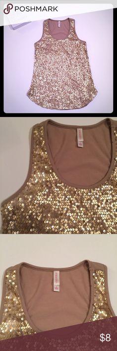 Xhilaration Gold sequin tank Women's Xhilaration gold sequin dressy tank Xhilaration Tops Tank Tops