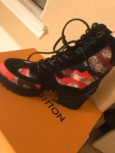Worn Once 6 in Women Too Small Brand New Louis Vuitton Boots, Brand New, Sneakers, Shoes, Women, Fashion, Tennis, Moda, Slippers