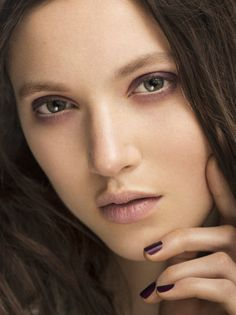 Vampy nails at #burberry plus more #nail trends to try!