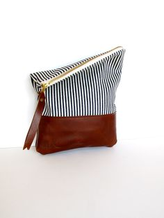 Stripes|Leather clutch.
