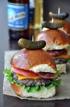 grilled sirloin sliders with smoked bacon