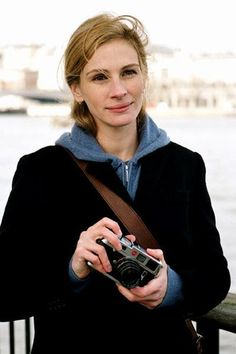 Julia Fiona Roberts like Leica: Leica Talk Forum: Digital Photography Review