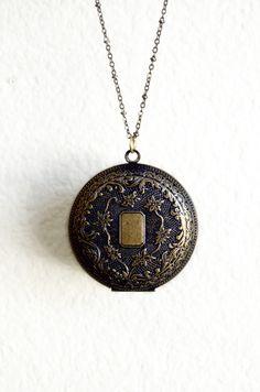 Bohemian( love pendant necklaces)