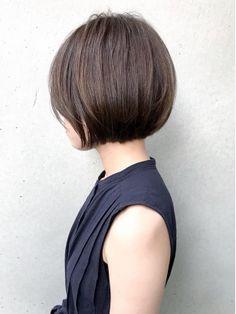 Pin on ショートボブ Asian Short Hair, Short Hair Cuts, Short Hair Styles, Short Pixie, Short Hairstyles For Women, Bob Hairstyles, Line Bob Haircut, Chin Length Bob, Cabello Hair