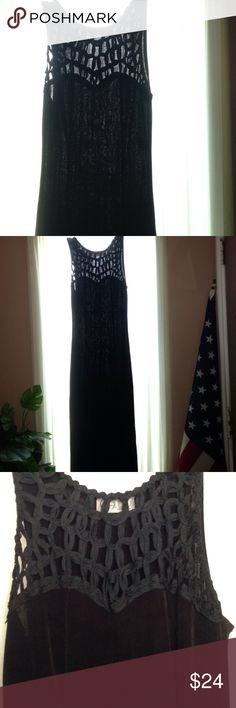 """Sleek black Maxi Dress 90% acetate, 10% Lycra.  Clingy in the right places.  18"""" side leg split.  Size is a """"small"""", but I'm a busty medium and it fits.  Super sexy! Malibu New York Dresses Maxi"""