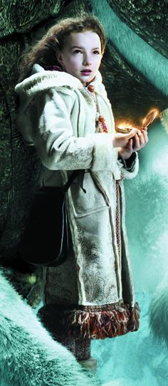 The Golden Compass. Costume design by Ruth Myers.