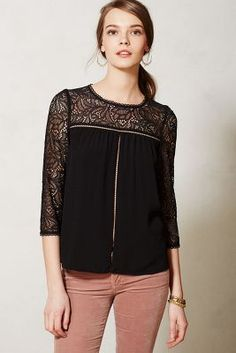 Lace blouse comes in 3 colors!