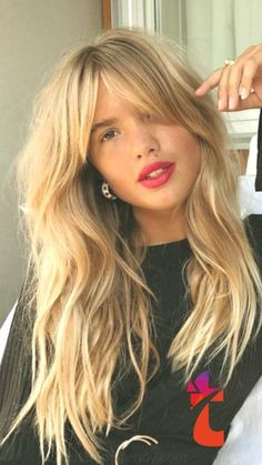 35 Stunning Long Hairstyles for 2019 – With Hairstyle 35 Stunning Long Hairstyles for Present-day long haircuts look emotionless and somewhat untidy. These are performed on the base of long shag hair styles, adding layering and surface …, Long Hairstyles Long Hair Haircut, Long Shag Hairstyles, Hairdo For Long Hair, Face Shape Hairstyles, Long Wavy Hair, Long Layered Hair, Long Hair Cuts, Hairstyles With Bangs, Straight Hairstyles