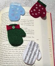 felt mitten book mark pattern, love these, i have made this for my books and it holds the page very good, i glued lace on top of the mitten to hide the clip