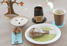 This adorable Thanksgiving kids' table comes from Fiskars, where you can get the DIY instructions for each of these wonderful Thankgiving table decor projects!