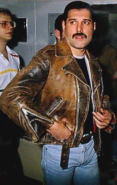 Freddie Mercury,  great jacket*****