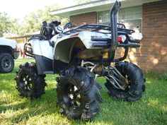 i see a lot of new faces & a lot of old great ones. sanny, your bike has done some changing bro. Can Am Atv, Truck Memes, Four Wheelers, Dirtbikes, Outdoor Toys, Trail Riding, Go Kart, Amazing Cars, Farm Life