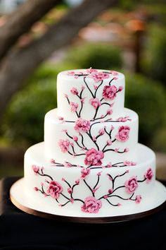 Japanese Blossom wedding cake  Style Me Pretty   Gallery   Picture   #777695