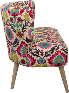 This settee's bold cotton upholstery takes center stage, while its scaled-back lines and legs, in a natural finish, smartly play supporting roles. Velvet Upholstery Fabric, Sofa Upholstery, Desert Flowers, Settee, Sectional Sofa, Furniture Decor, Printing On Fabric, Love Seat, Santa Maria