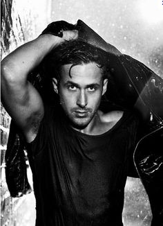 What's hotter than Ryan Gosling? A wet Ryan Gosling! Look At You, How To Look Better, Pretty People, Beautiful People, Tilda Swinton, Gillian Anderson, Celebrity Gallery, Celebrity Crush, Celebrity Photos