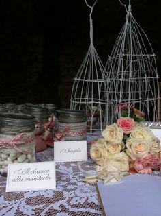 Wedding in Apricale, Liguria (Italy) Sweet Table in Rose Cristina Gragnolati & Chiara Martini  Le Ragazze dei Fiori, Torino (Italy) #floraldesign #wedding