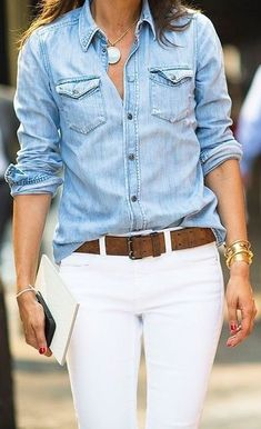Captivating White Denim Outfits Ideas That Looks Adorable Outfit Jeans, Denim Shirt Outfits, White Pants Outfit, Denim Shirt With Jeans, Denim Top, Jean Shirts, Denim Shirts, White Jeans Outfit Summer, How To Wear White Jeans
