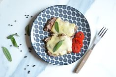 saltimbocca alla romana Avocado Egg, Prosciutto, Eggs, Breakfast, Food, Morning Coffee, Essen, Egg, Meals