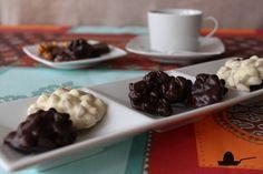 Rocas de chocolate blanco y negro