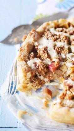 Kinuski-raparperipiirakka – katso resepti ja leivo! | Meillä kotona