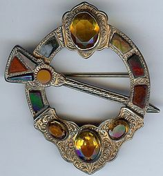 Handsome Antique VICTORIAN SCOTTISH Agate Citrine Silver PENANNULAR Style Pin