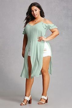Get the looks you love with women& plus size clothing from Forever Shop. Get the looks you love with women's plus size clothing from Forever Shop. Looks Plus Size, Look Plus, Plus Size Model, Plus Size Fashion For Women, Trendy Clothes For Women, Trendy Plus Size Clothes, Curvy Women Fashion, Fashion Models, Fashion Designers