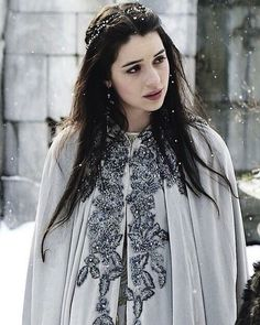 Find images and videos about Queen, reign and adelaide kane on We Heart It - the app to get lost in what you love. Mary Queen Of Scots, Reign Mary, Queen Mary, Queen Queen, Snow Queen, Adelaide Kane, Mary Stuart, Serie Reign, Reign Tv Show