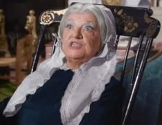 Marion Lorne as Aunt Clara on Bewitched. Bewitched Tv Show, Aunt, Favorite Tv Shows, It Cast, Search, Searching