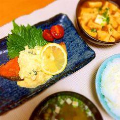 ★晩ごはん ・鮭のムニエルタルタルソース ・麻婆豆腐(丸美屋の)