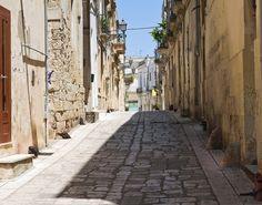 Γνωρίστε τα ελληνικά χωριά της Ιταλίας Places, Travel, Greece, Viajes, Destinations, Traveling, Trips, Lugares