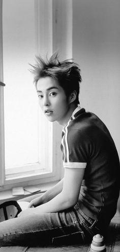 Xiumin - 170713 EXO x Samsung Galaxy S8 collaboration Credit: Raengi0921. EXO EXO M Xiumin 170713 exo im exo m im xiumin im endorsement samsung fs:raengi0921 comeback:Life