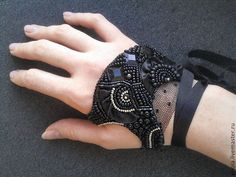 Beaded black palm bracelet with lacing by EnolaHandmade on Etsy Goth Jewelry, Hand Jewelry, Leather Jewelry, Bead Embroidered Bracelet, Beaded Embroidery, Denim And Lace, Gloves Fashion, Fashion Accessories, Hippy Chic