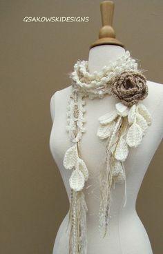 gsakowskidesigns - Buscar con Google Queen Elizabeth Rose, Vintage Jeans, Antique Roses, Wool Yarn, Hand Knitting, Hand Crochet, Knit Crochet, Crochet Ponchos, Crochet Scarves