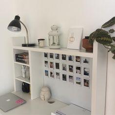 pin: warrup im kate ! (͡° ͜ʖ ͡°) Study Room Decor, Cute Room Decor, Room Ideas Bedroom, Bedroom Decor, Desk Inspiration, Desk Inspo, Room Goals, Aesthetic Room Decor, Desk Organization